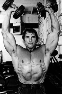 肩のトレーニングのショルダープレス