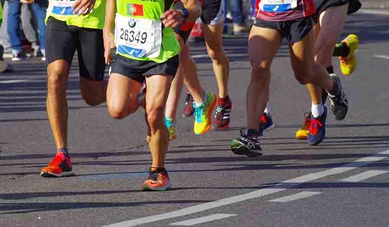 マラソンランナーがよく使うテクニックのウォーターローディング